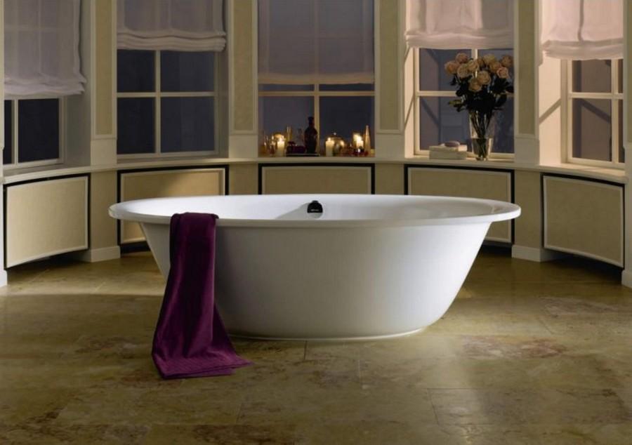 2-2-enameled-steel-bath-bathtub-in-bathroom-interior-design-oval