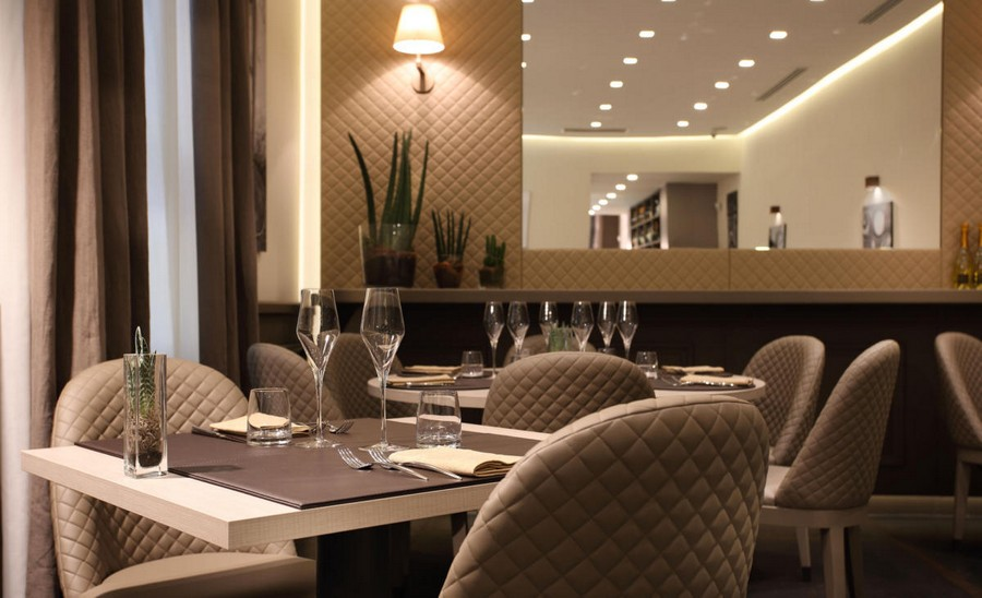 3-1-L'Essenziale-restaurant-cafe-bar-in-Milan-Italy-interior-design-elegant-neo-classical-style-powder-pink-beige-gray-colors-chair-tables-romantic-quilted-covers