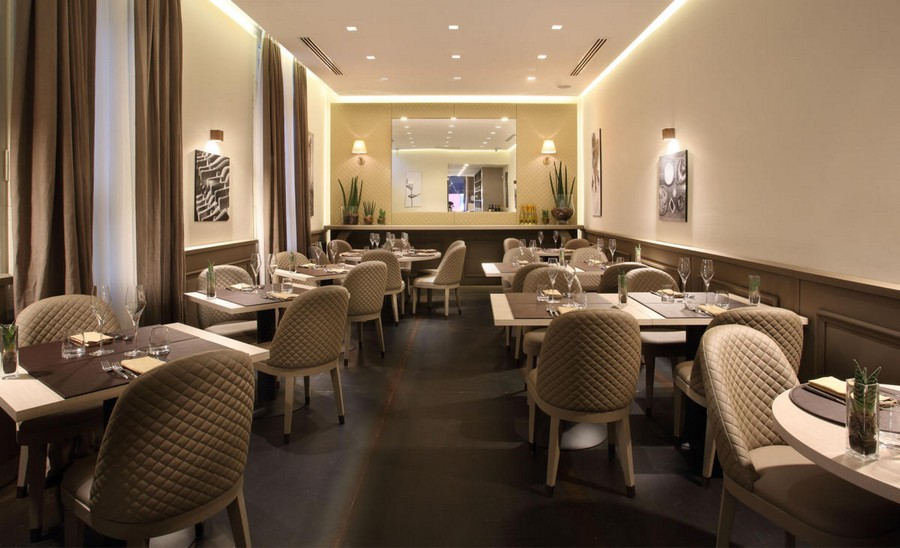 3-5-L'Essenziale-restaurant-cafe-bar-in-Milan-Italy-interior-design-elegant-neo-classical-style-powder-pink-beige-gray-colors-chair-tables-romantic-quilted-covers