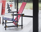 Iconic Red & Blue Chair by Gerrit Rietveld: 99 Years Ago & Now