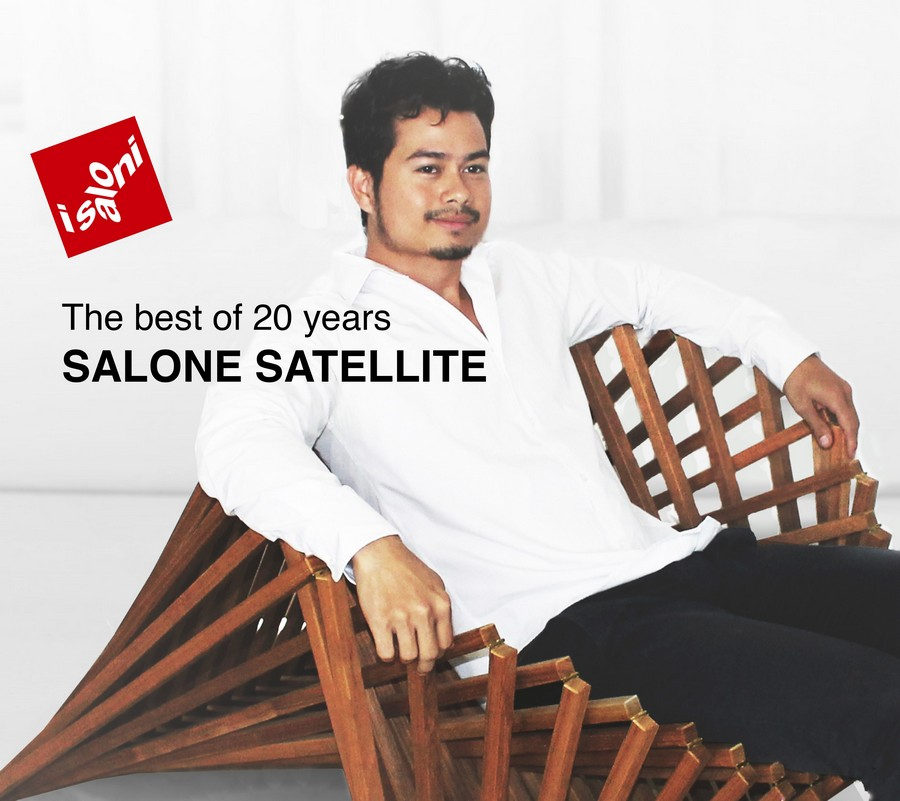 3-The-Rising-Chair-by-Robert-van-Embricqs-Dutch-designer-wooden-furniture-bamboo-folding-transforming