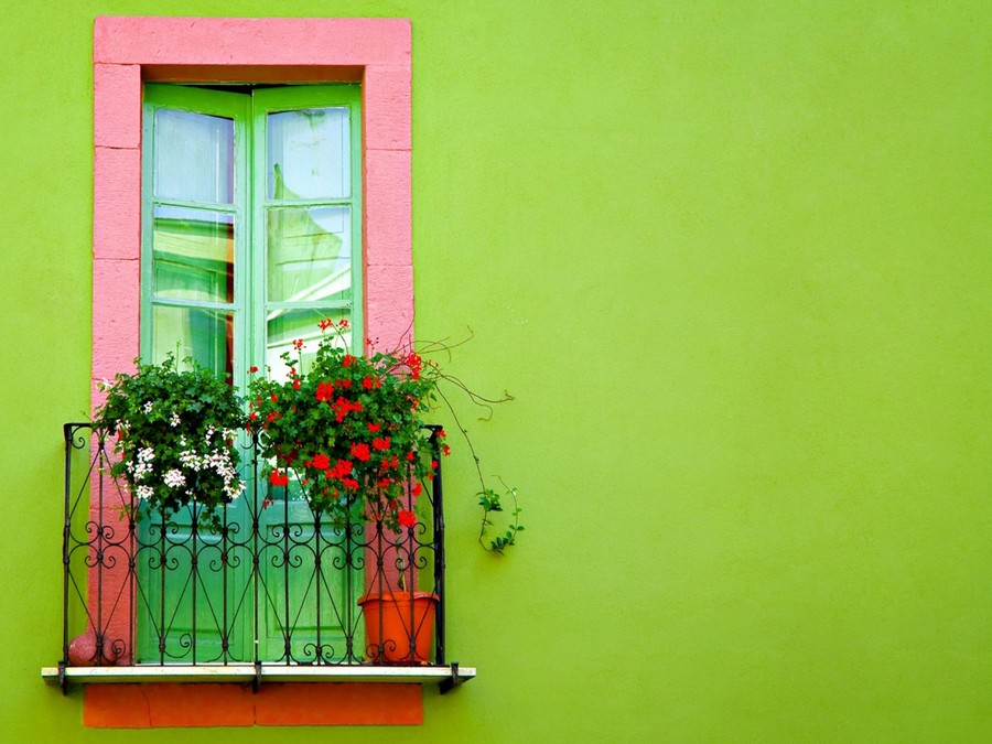 30-beautiful-balconet-balconette-Juliet-balcony-in-architecture-exterior-design-wrough-metal-railing-forgery-barrier-flower-bed