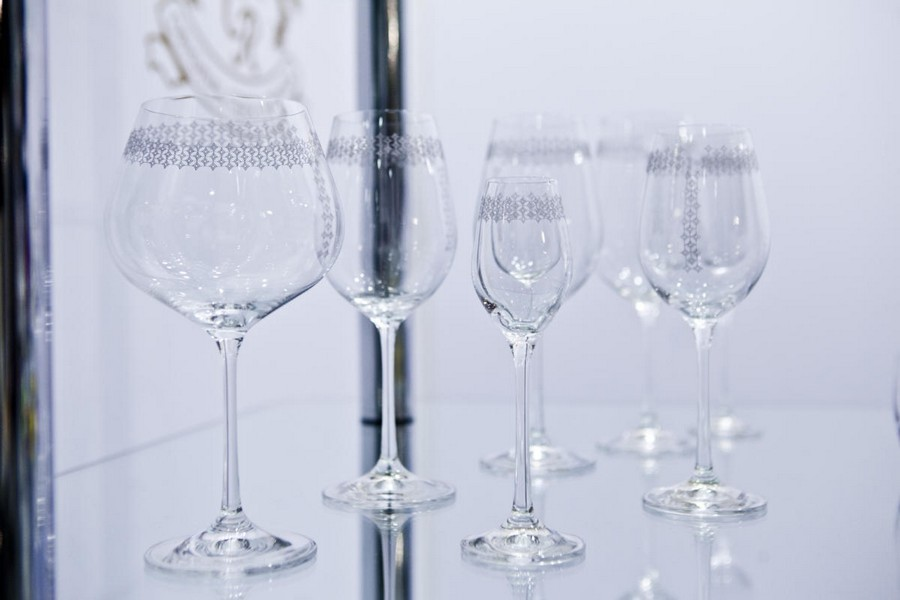 8-4-new-collection-of-tableware-and-home-decor-2017-by-Bohemia-Crystal-Czech-glass-classical-wine-glasses