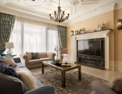 """Tuscan Giorno"": Gorgeous Neo-Classical Apartment in Beige & Blue"