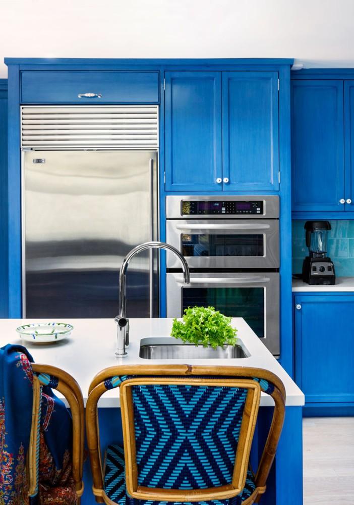 13-blue-kitchen-cabinets-set-interior