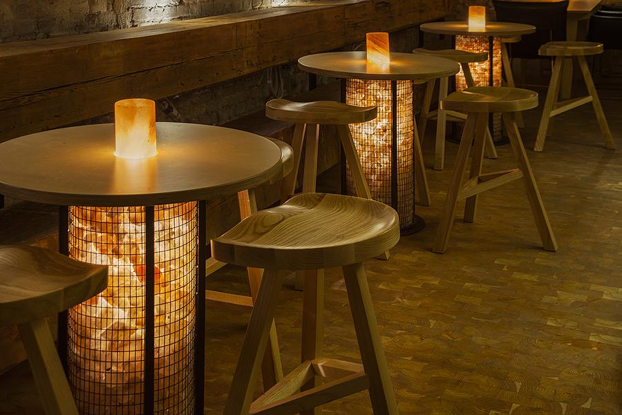 2-3-craft-beer-bar-interior-loft-Scandinavian-style-furniture-wooden-bar-stools-round-tables-Himalayan-salt-bricks-lights-masonry-wall