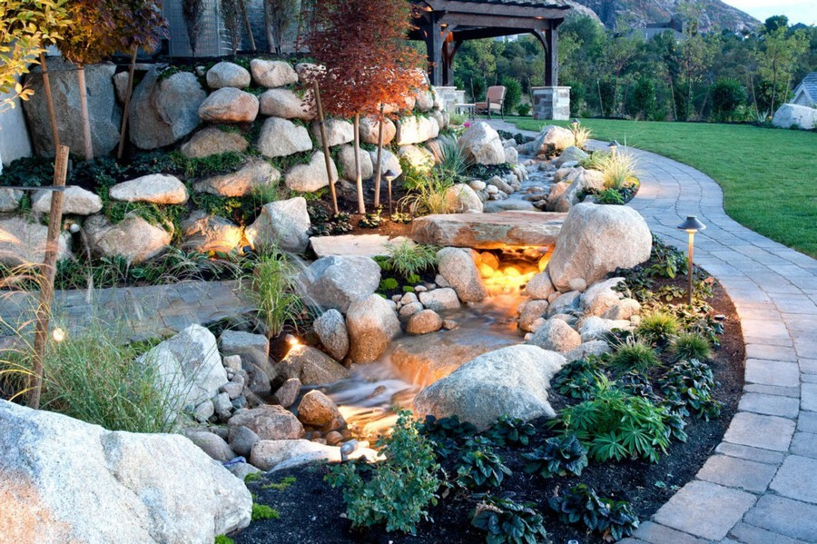3-6-outdoor-garden-landscape-lighting-ideas-pond-underwater-lights-mini-lamp-posts-rocks