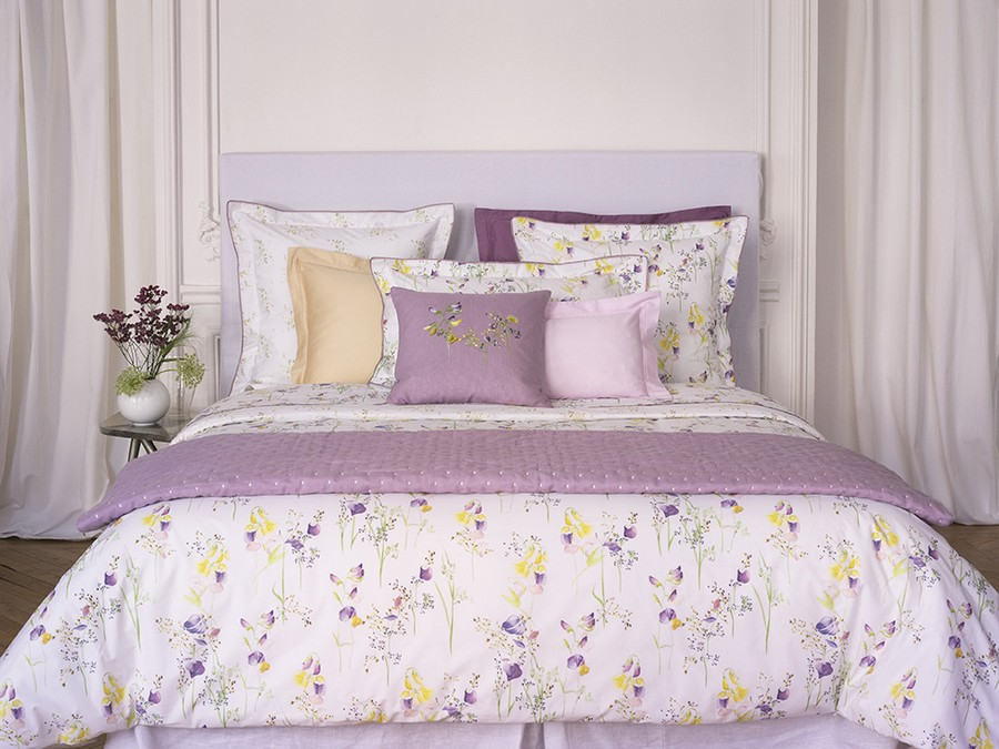 4-Yves-Delorme-Paris-France-new-collection-home-textile-summer-2017-bed-linen-lilac-violet-flower-motifs