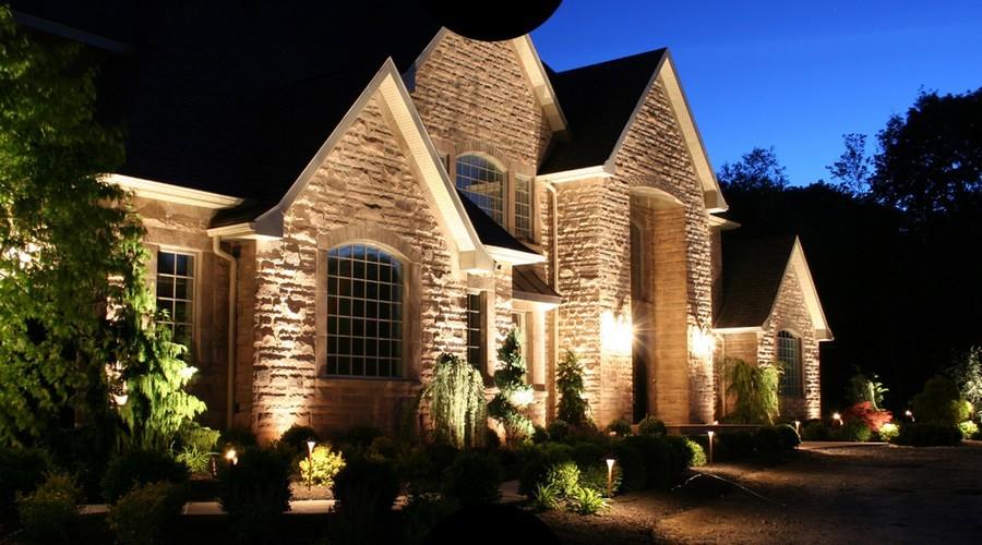 6-1-outdoor-garden-landscape-lighting-ideas-house-illumination-mini-lamp-posts-wall-sconces