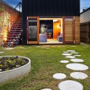 6-garden-path-design-landscape-walkway-round-circular-tiles-small-house-narrow-territory-front-yard