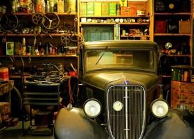 0-cluttured-garage-retro-car-open-racks