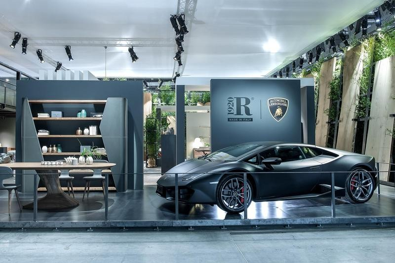 2-4-Riva-1920-new-collection-of-contemporary-style-furniture-at-Salone-de-Mobile-Exhibition-Milan-2017-Lamborghini-blue-and-gray-dining-room-set-wooden-table-chairs-shelves-open-racks