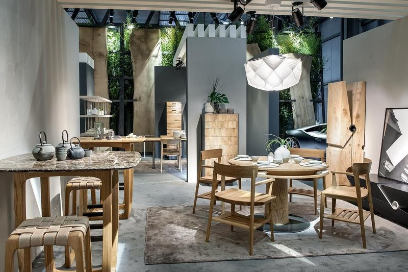 2-5-Riva-1920-new-collection-of-contemporary-style-furniture-at-Salone-de-Mobile-Exhibition-Milan-2017-soild-wood-wooden-dining-set-table-chairs-bar-stools