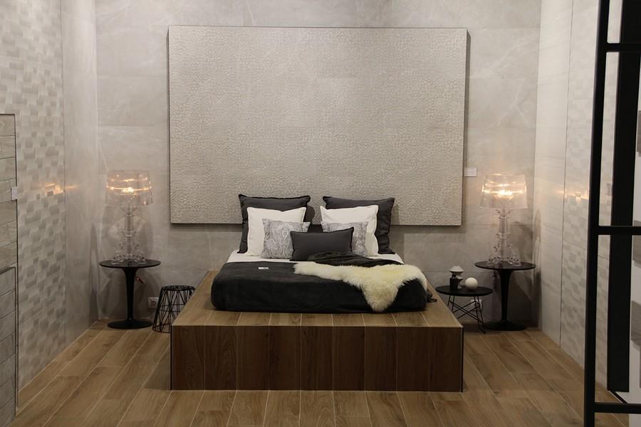 4-4-ceramic-tiles-beige-faux-wood-in-bedroom-interior-design-floor-Saloni-brand-collection-2017