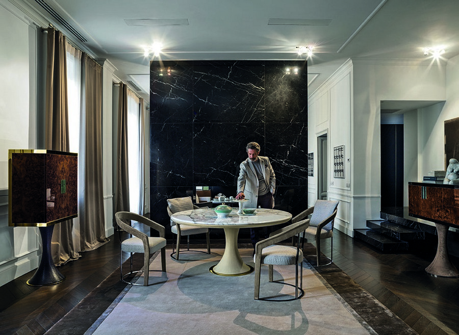 4-5-Longhi-new-collection-of-contemporary-style-furniture-at-Salone-de-Mobile-Exhibition-Milan-2017-dining-room-set-natural-stone-round-table-chairs