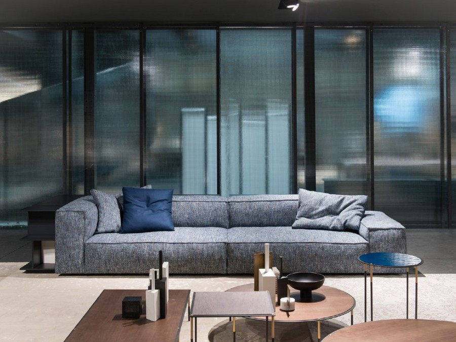 5-4-Living-Divani-new-collection-of-contemporary-style-furniture-at-Salone-de-Mobile-Exhibition-Milan-2017-living-room-interior-gray-comfy-sofa-coffee-tables