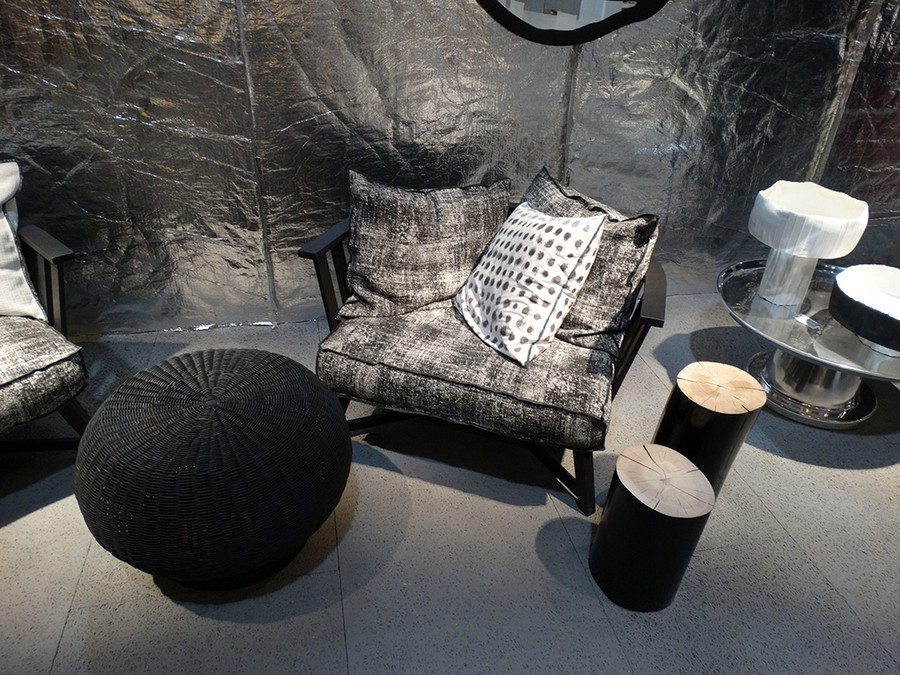 6-2-Gervasoni-new-collection-of-contemporary-style-furniture-at-Salone-de-Mobile-Exhibition-Milan-20170-arm-chairs-coffee-table