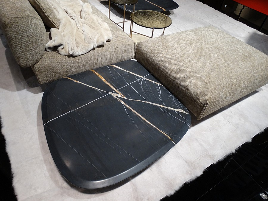 7-5-Ivanoredaelli-new-collection-of-contemporary-style-furniture-at-Salone-de-Mobile-Exhibition-Milan-2017-black-stone-coffee-table