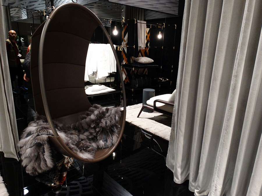 7-6-Ivanoredaelli-new-collection-of-contemporary-style-furniture-at-Salone-de-Mobile-Exhibition-Milan-2017-suspended-leather-arm-chair-floating-ceiling-mounted-fur-blanket