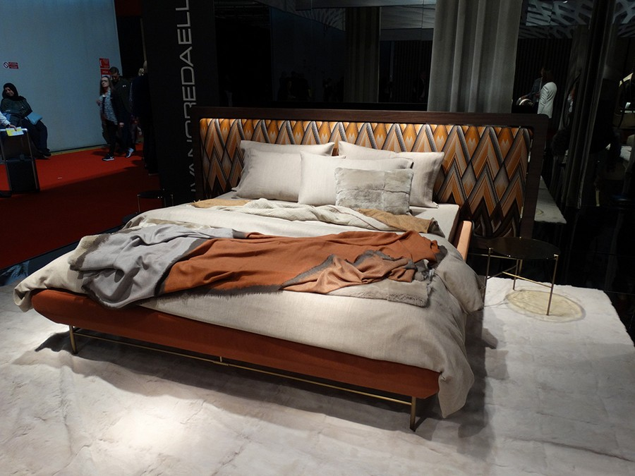 7-7-Ivanoredaelli-new-collection-of-contemporary-style-furniture-at-Salone-de-Mobile-Exhibition-Milan-2017-orange-and-yellow-bedroom-interior-design-bed-with-extended-headboard-bed-linen