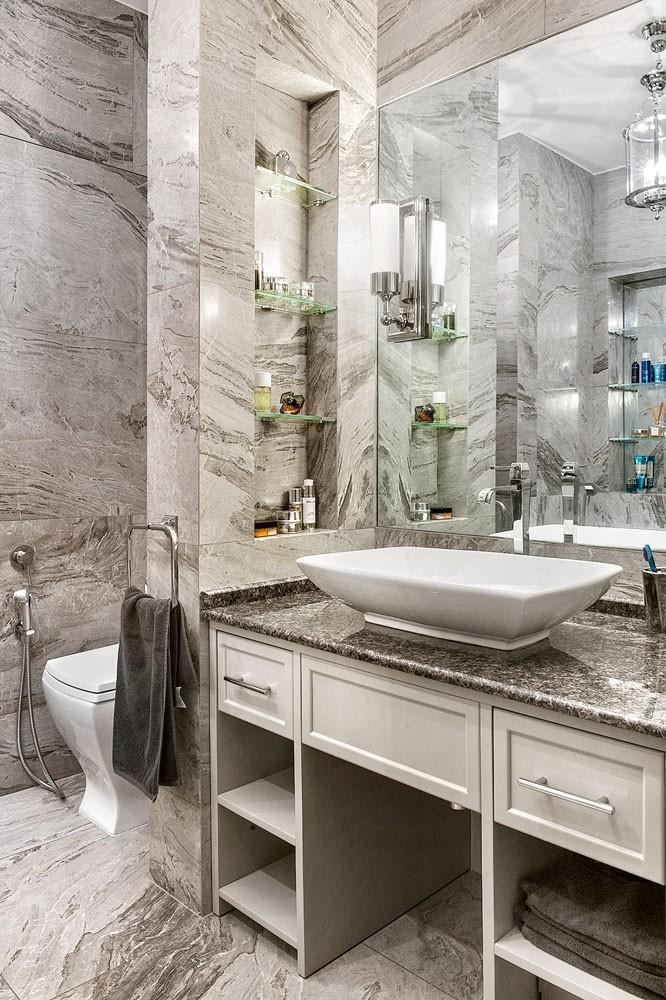7-monochrome-gray-bathroom-interior-faux-stone-texture-ceramic-granite-wall-floor-tiles-art-deco-style-bowl-vessel-sink-wash-basin-vanity-unit-drawers-big-mirror-toilet-recessed-glass-shelves