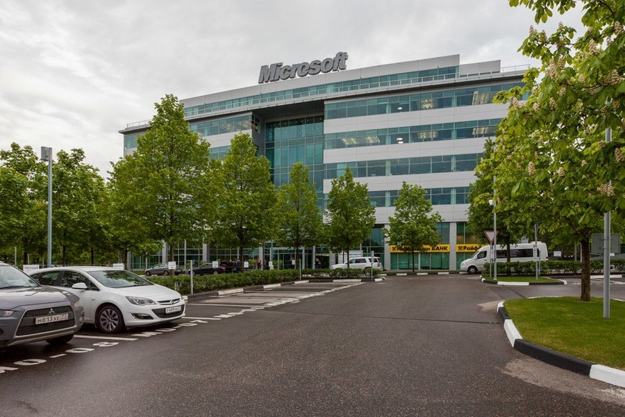 0-Microsoft-office-headquarters-in-Moscow-exterior-design