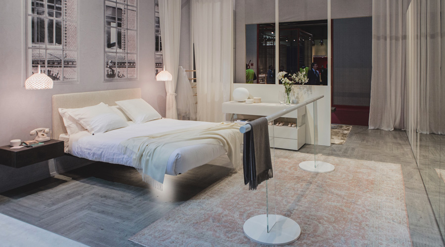 1-1-Lago-Italian-furniture-for-famous-women-Carla-Fracci-pure-white-ballet-bar-bedroom-interior-curtains-total-white-airy-floating-bed-wall-mounted-nightstands-chest-of-drawers-rug-faux-windows