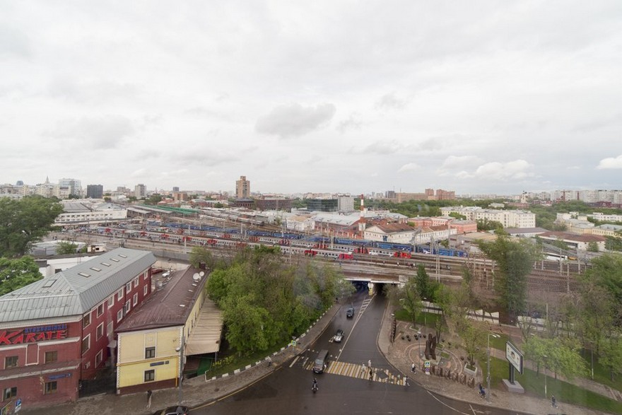 11-Russia-Moscow-railway-station-view-from-the-window