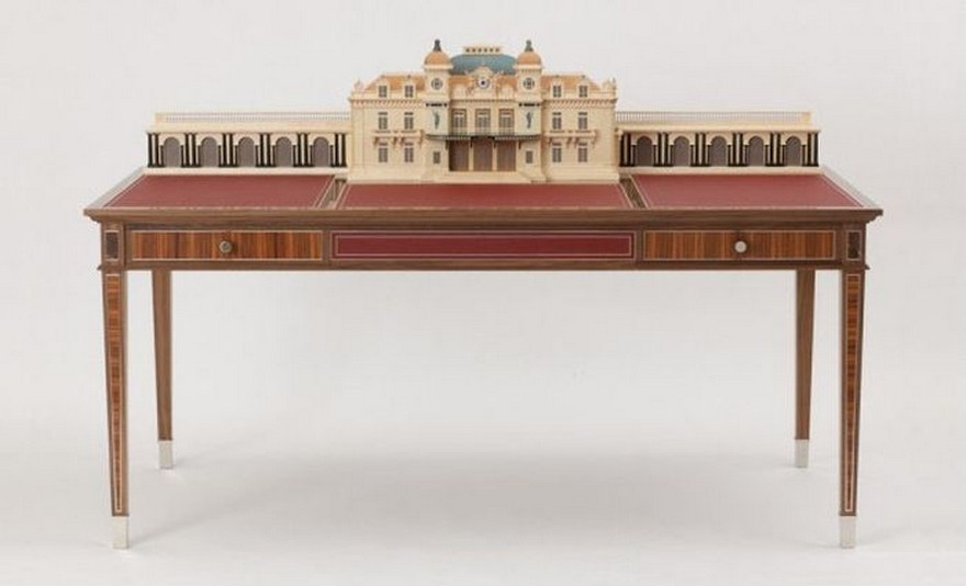 5-1-creative-interesting-non-standard-furniture-design-Monte-Carlo-Casino-luxurious-writing-desk-Americal-walnut-plane-red-leather-top-hand-made-by-David-Armstrong-Jones
