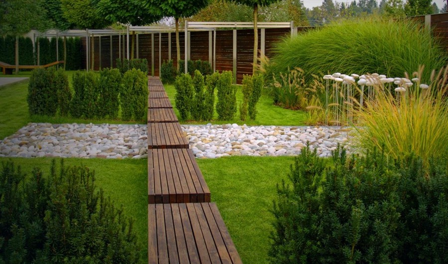 5-1-garden-path-design-ideas-walkway-pathway-wooden-wood-boards