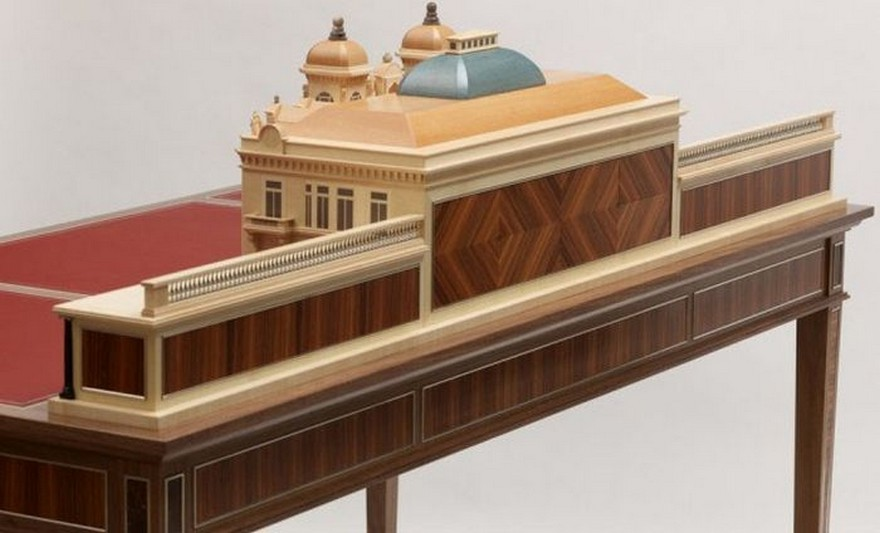 5-2-creative-interesting-non-standard-furniture-design-Monte-Carlo-Casino-luxurious-writing-desk-Americal-walnut-plane-red-leather-top-hand-made-by-David-Armstrong-Jones