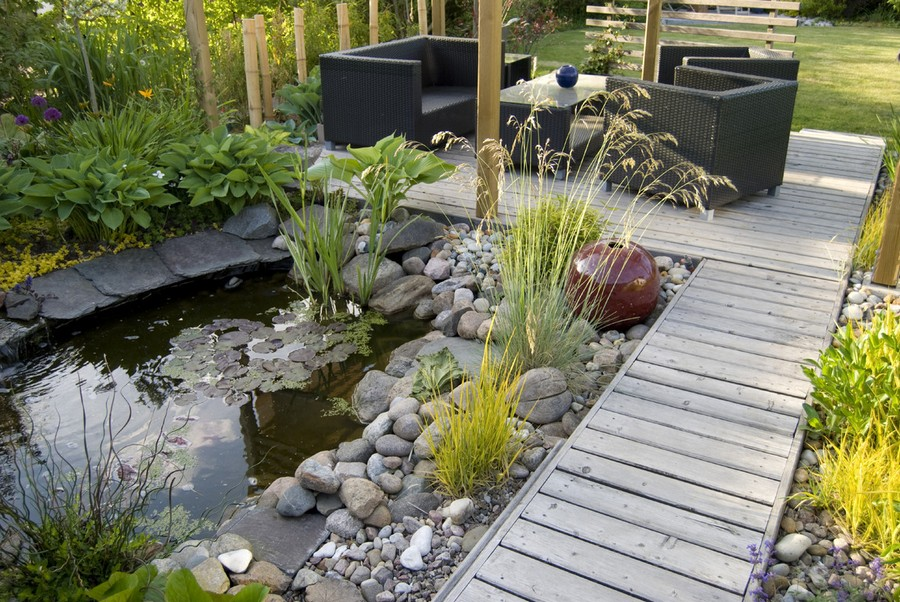 5-2-garden-path-design-ideas-walkway-pathway-wooden-wood-boards