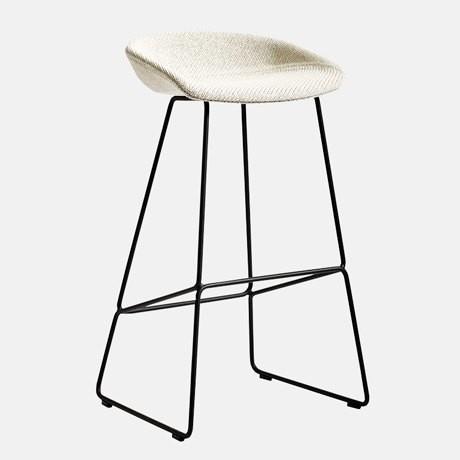 8-1-AAS-3839-Bar-Stool-design-by-Hee-Welling-white-seat-black-metal-frame