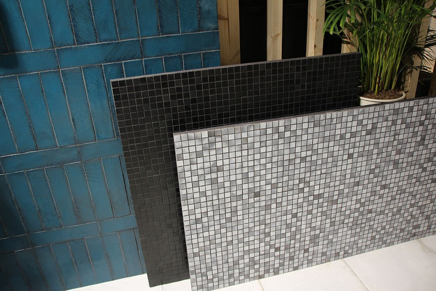 8-6-ceramic-tiles-in-interior-design-black-gray-white-mosaic-faux-aged-clinker-tiles-blue-Peronda-brand-collection-2017