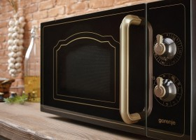0-black-retro-style-vintage-microwave-oven-by-Gorenje-country-house-kitchen