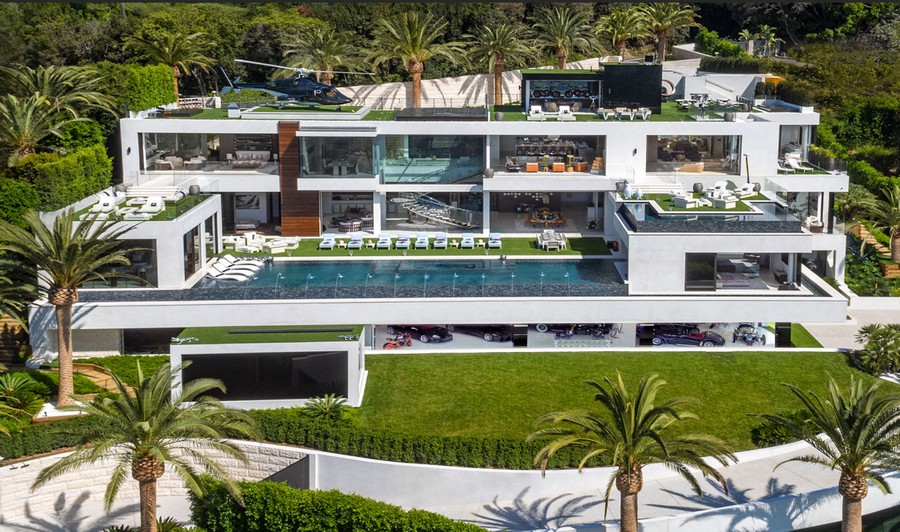 0-the-most expensive-home-in-USA-beyonce-jay-z-Los-Angeles-bel-air-luxurious-exterior-design-white-4-storey-mansion-palms-swimming-pool-helipad-panoramic-windows-garage