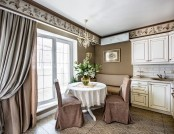 Elegant Small Apartment in Beige & Brown with a Windowless Room-2
