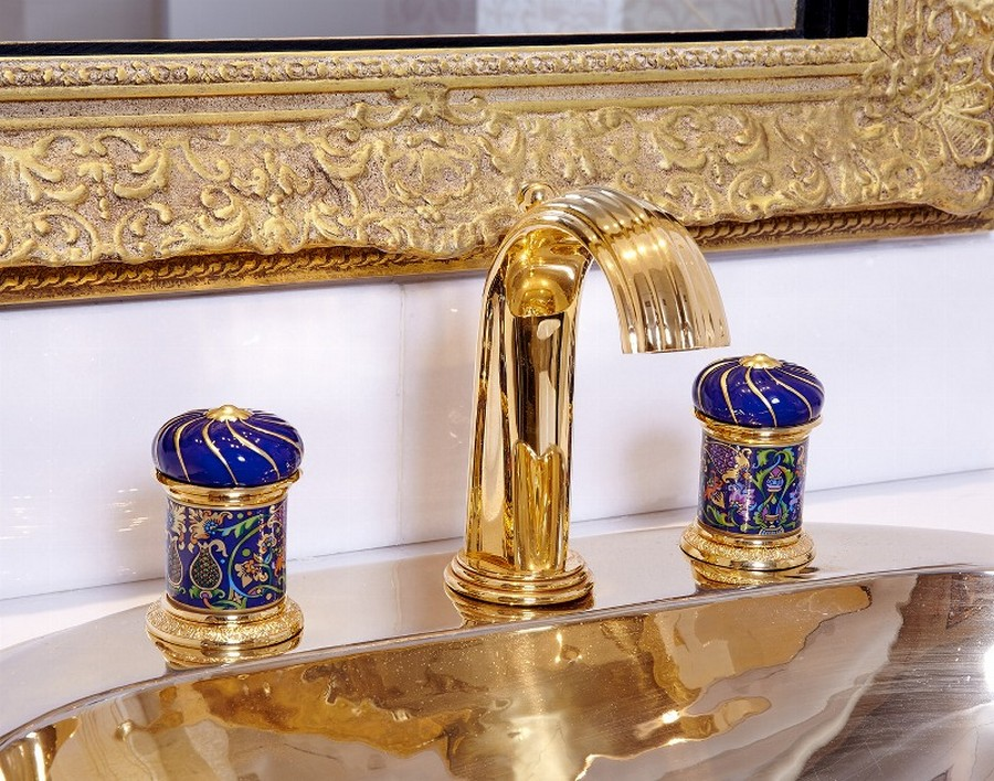 3-Vassilissa-bathroom-collection-Serdaneli-France-in-Russian-style-accessories-by-Evgenia-Miro-gold-dark-blue-folk-motifs-luxurious-faucet-dome-shaped-water-mixer-mirror-frame