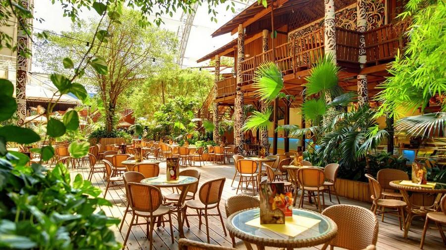 4-3-das-tropical-island-resort-germany-indoor-water-park-restaurant-bar