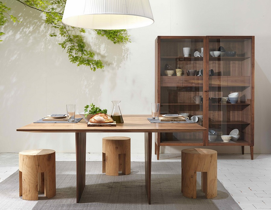 7-eco-style-dining-room-interior-design-white-walls-wooden-furniture-tree-stumps-stools-dining-table-big-cupboard-glass-display-cabinet-indoor-plant-pendant-lamp