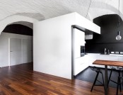Ascetic Minimalist Apartment with Arched Ceilings & Masonry