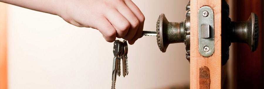 1-door-locker-key