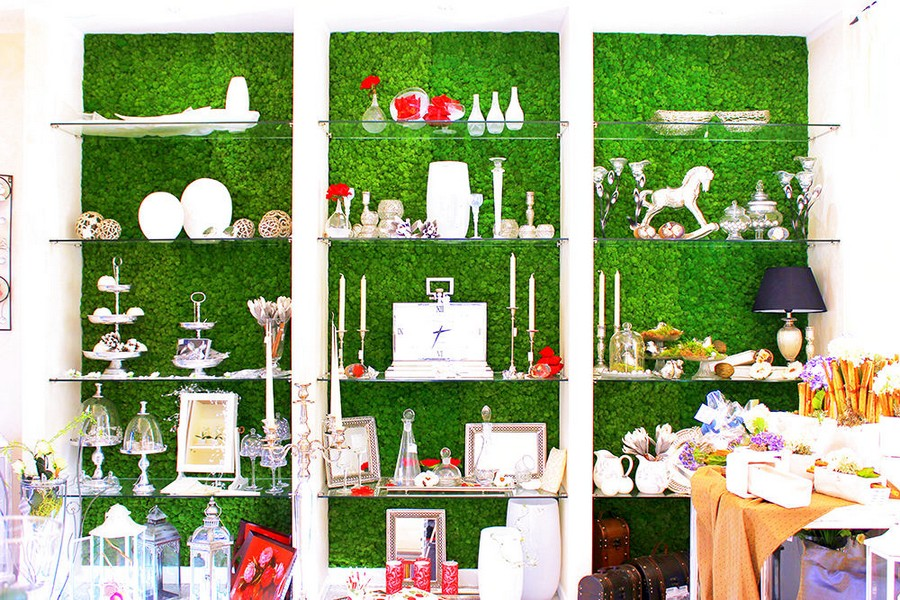2-1-stabilized-natural-living-moss-in-interior-design-home-decor-eco-style-accent-wall-in-a-living-room-shelving-unit-backing-display-glass-tableware