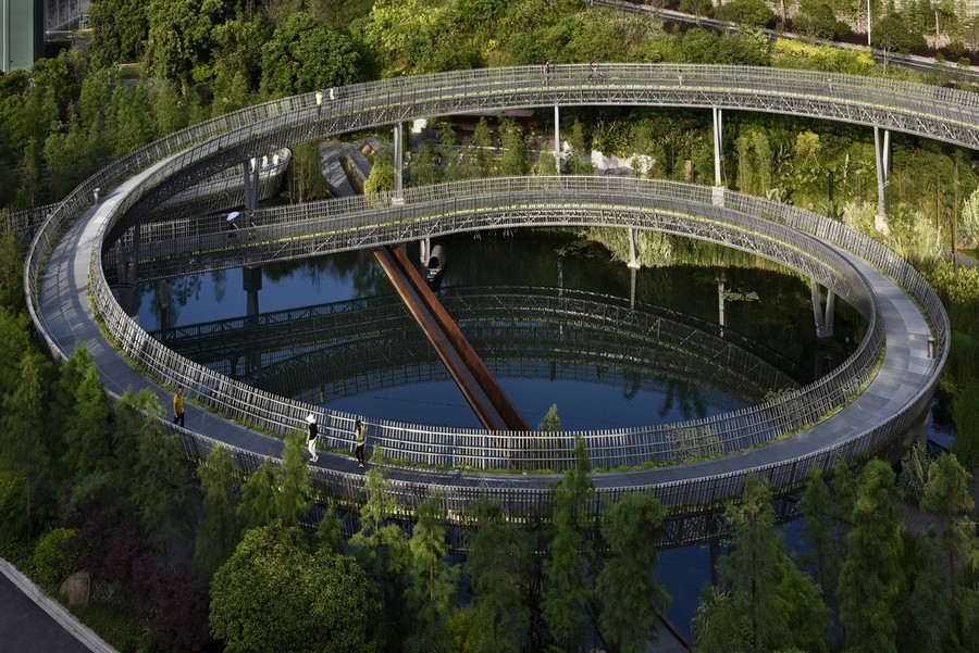 2-high-rise-pedestrian-walkway-pathway-way-in-China-Fuzhou-city-by-LOOK-architects
