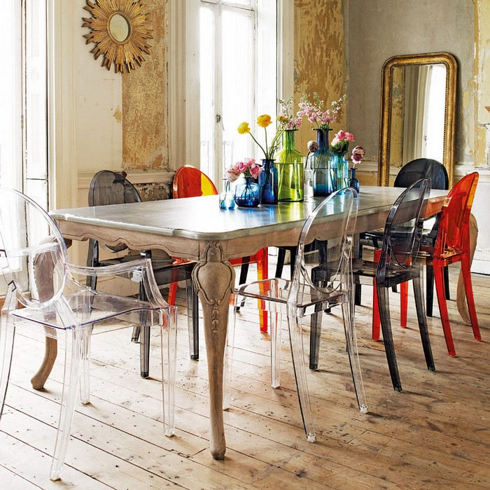 4-2-mismatched-chairs-in-kitchen-dining-room-interior-design-transparent-plastic-multicolor
