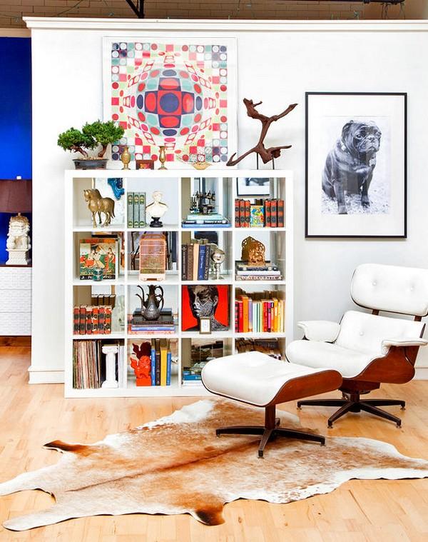 5-2-shelves-decoration-of-bookshelves-decor-ideas-accessories-figurines-posters-souvenirs