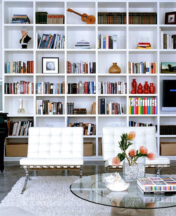 5-3-shelves-decoration-of-bookshelves-decor-ideas-accessories-figurines-posters-souvenirs