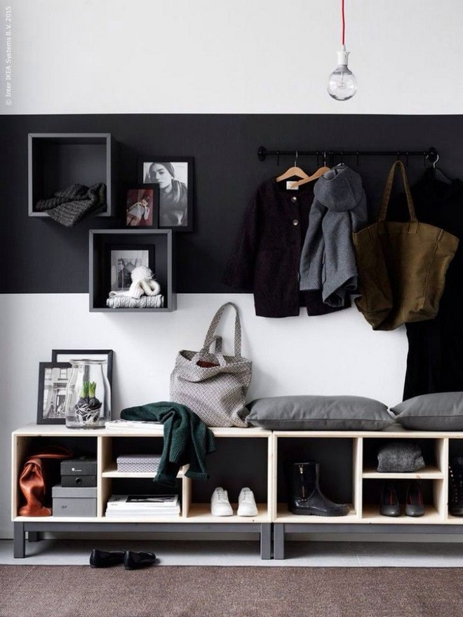 7-black-and-white-walls-black-walled-room-in-interior-design-mudroom-entrance-hall-hallway-white-wooden-shoe-bench-coat-rack-bulb