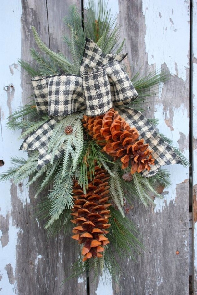 11-1-pinecones-pine-fir-spruce-cones-home-decor-Christmas-decoration-ideas-eco-style-ribbon-branches-entrance-door