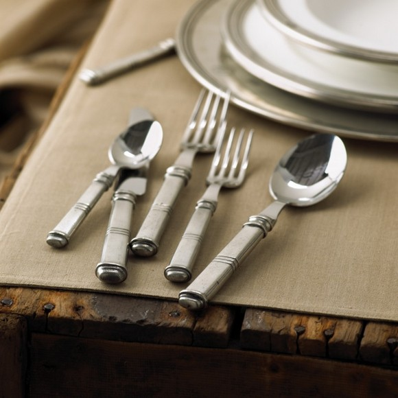 13-set-of-cutlery-with-pearl-handles